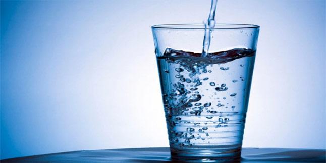 Aç-karına-su-içmenin-faydaları-sizi-şaşırtacak