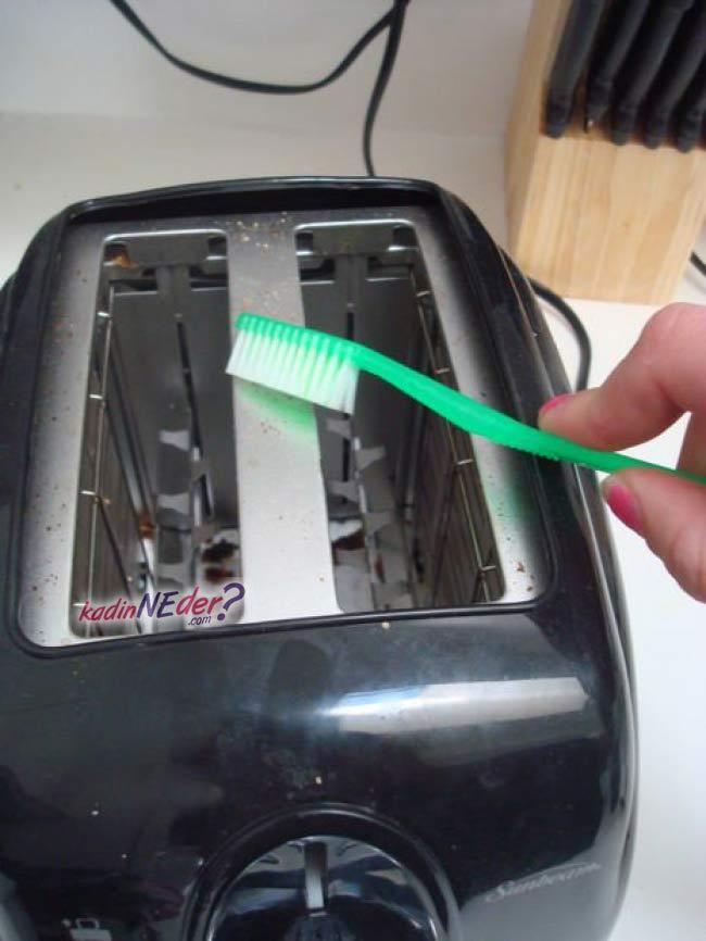 ekmek kızarma makinesi temizleme